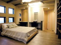 bedroom oumi.jpg